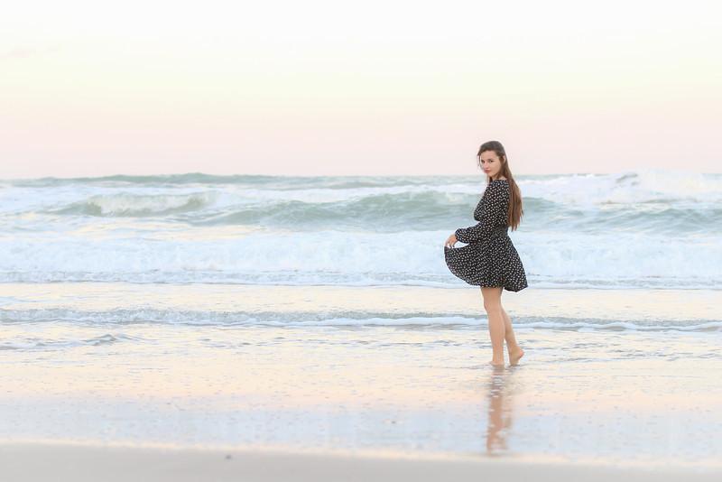 KT Corgi Beach (16 of 19).jpg