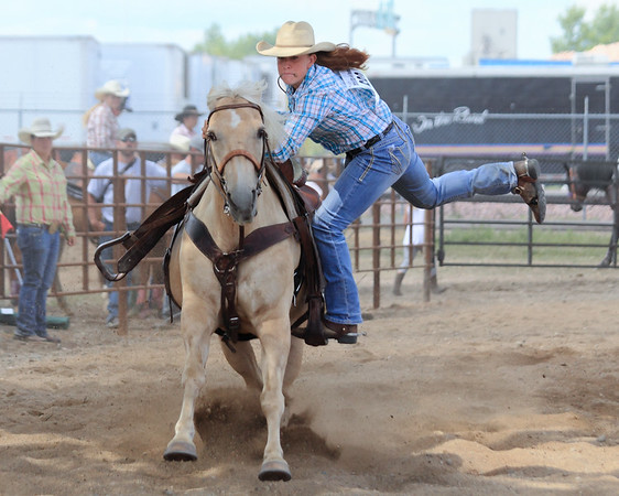 2016 Sioux Empire 4-H Rodeo - Sun Roping & Goats