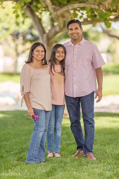 Urvi Family-150.jpg