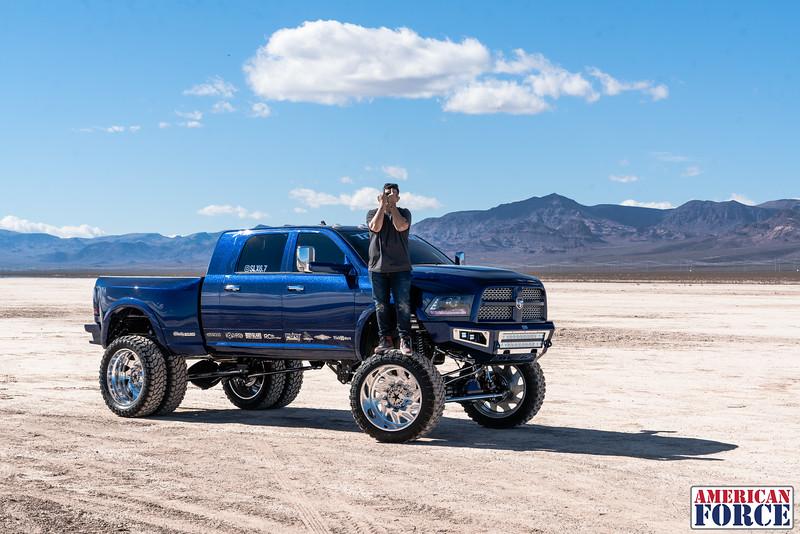 019-Truck-Wurx-Sebastian-Blue-2016-Dodge-3500-Dually-26-Psycho-SFSD-20171106.jpg