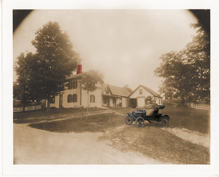 Peaslee Homestead Car | 32x22