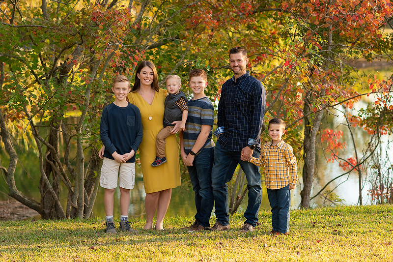 family mini sessions near the woodlands 2021.jpg