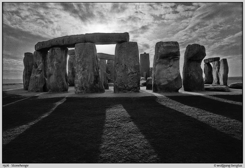 1976_005_Stonehenge_010_ART2.jpg