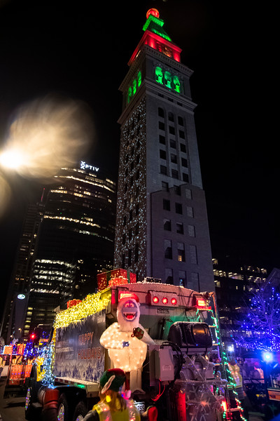 DIA parade of LIghts 201936071219.jpg