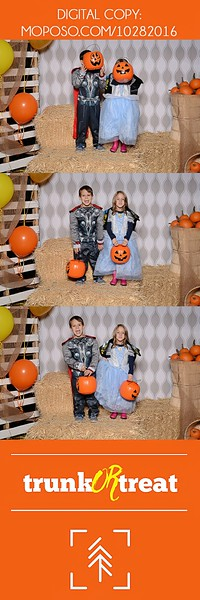 20161028_Tacoma_Photobooth_Moposobooth_LifeCenter_TrunkorTreat1-21.jpg