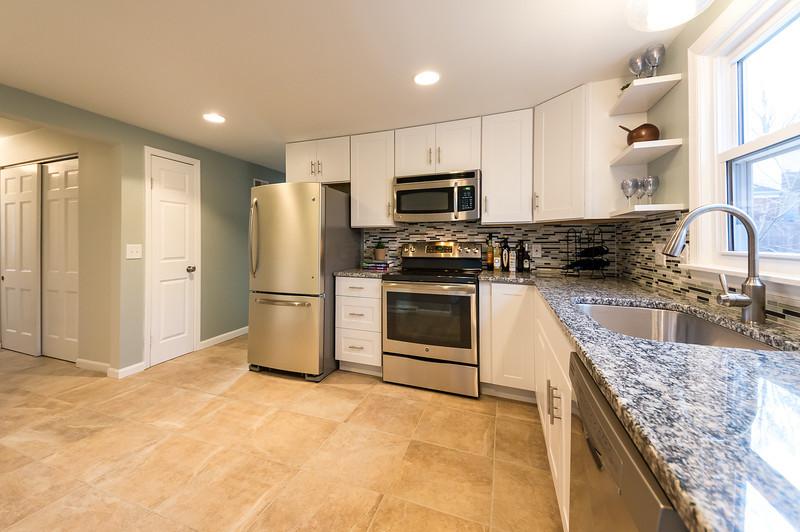 shady-sony-kitchen-01539.jpg