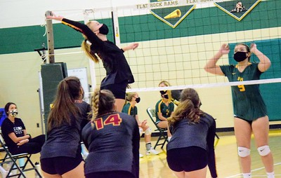 HS Sports - Flat Rock vs. Riverview volleyball 20