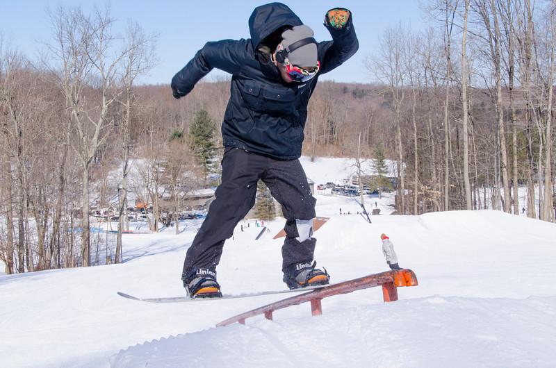 Snow-Trails-Rail-Jam-8228.jpg