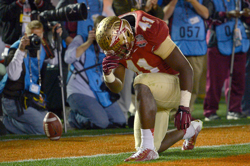 . Florida State\'s Chad Abram reacts after scoring a fourth quarter touchdown against Auburn during the 2014 Vizio BCS National Championship January 6, 2014 in Pasadena CA.  Florida State won the game 34-31.(Andy Holzman/Los Angeles Daily News)