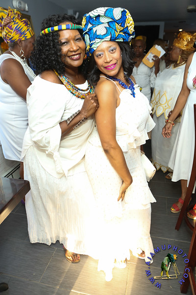 MAXINE GREAVES PURE WHITE ONTHE BAY A TOUCH OF AFRICA-27.jpg