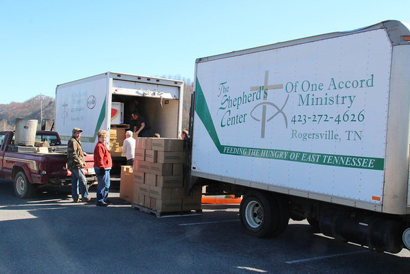 2012,  Thanksgiving Box Distribution for Sneedville