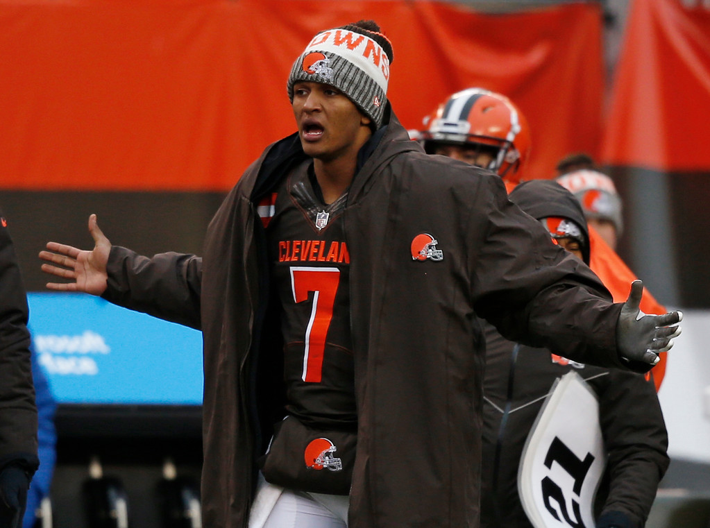. Cleveland Browns quarterback DeShone Kizer (7) reacts on the sidelines in the second half of an NFL football gameagainst the Green Bay Packers, Sunday, Dec. 10, 2017, in Cleveland. (AP Photo/Ron Schwane)