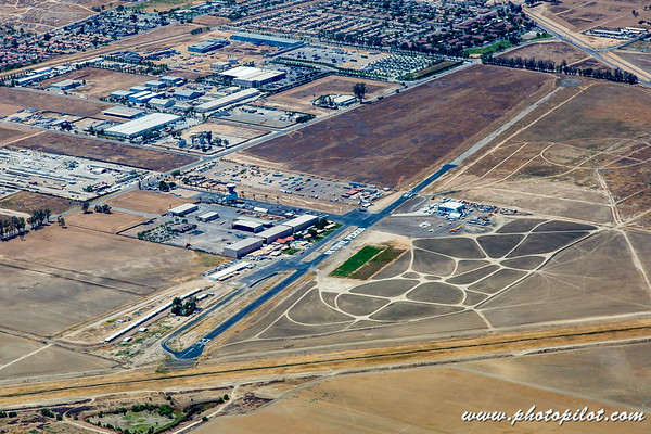 L65 - Perris Valley Airport