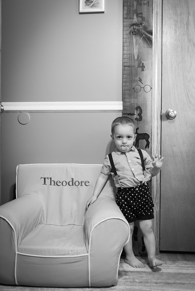 Theo Dingman Newborn August 2020-5.jpg