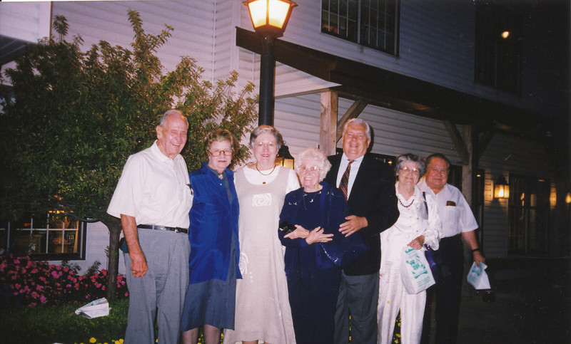 Ellis Sullivan, Charlene & Pat Myers, Eileen Sullivan, Bill Myers, Jean & Scotty Fisher (Sept 13-1999.jpg