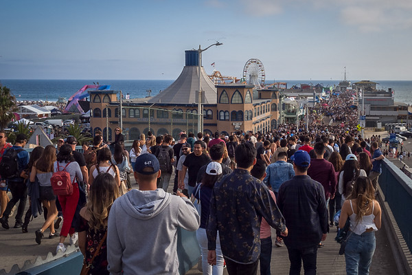 June 22 - Insane concert night at Santa Monica pier where 60,000 showed up.jpg