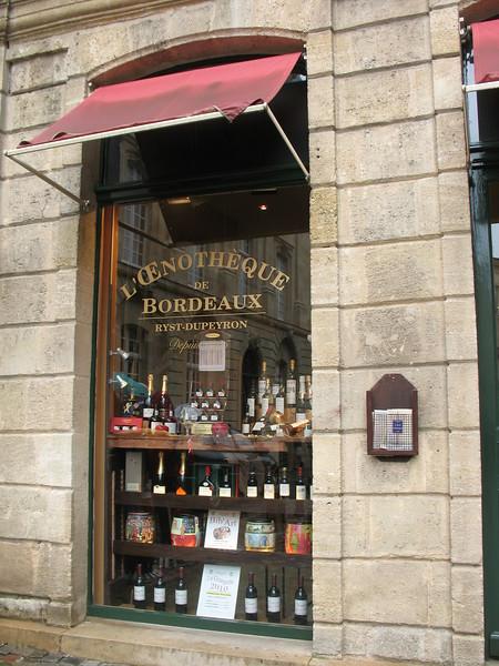 Bordeaux Oenothèque - Mimi Nenno