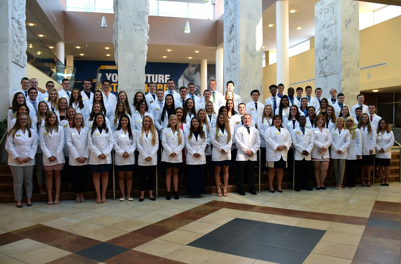 2019 White Coat Group Photo.jpg