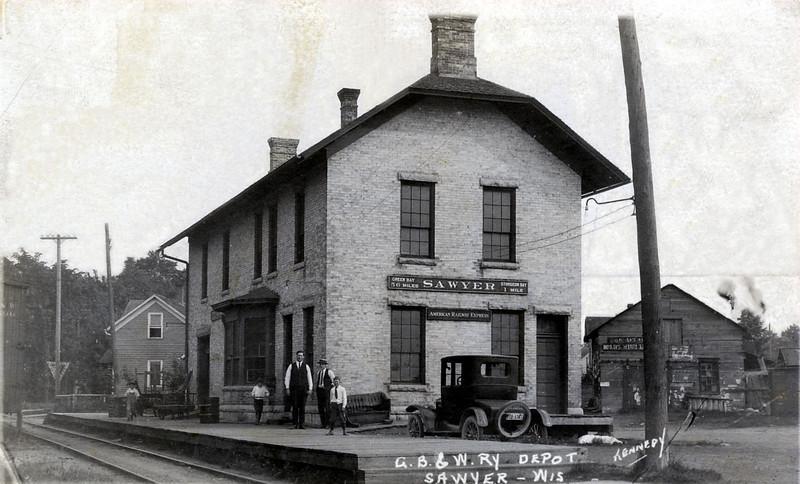 Sawyer train depot on Sturgeon Bay's west side. It is now the Culligan building, near the Oregon Street Bridge.