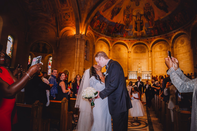 Montreal Wedding Photographer | Wedding Photography + Videography | Ritz Carlton Montreal | Lindsay Muciy Photography Video |2018_588.jpg