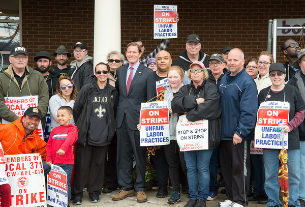 04/15/19 Wesley Bunnell | Staff Senator Richard Blumenthal visited area Stop & Shop Supermarkets on Monday afternoon speaking to striking workers on the importance of not just protecting their jobs but helping to uphold other jobs in the middle class. Senator Blumenthal poses for a group photo with the strikers.