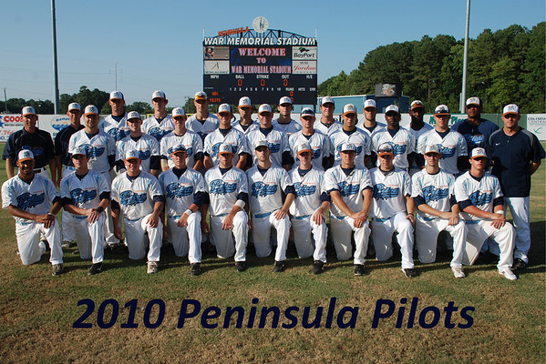 2010-Pilots-Team-Photo