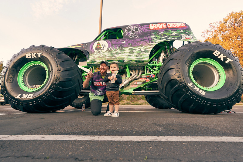 Grossmont Center Monster Jam Truck 2019 160.jpg