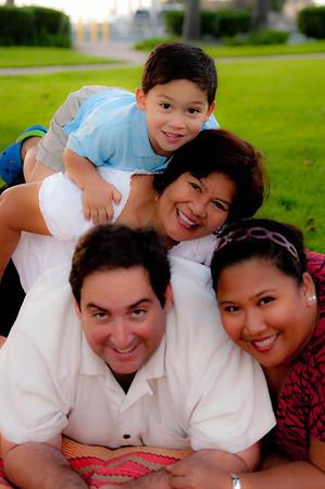 Algaze Family Pictures