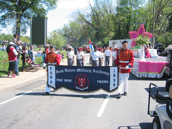 Dillard Guard in Ch'ville Dogwood Parade 4/20