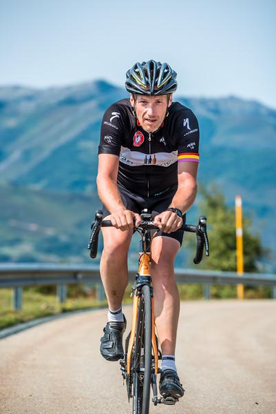 3tourschalenge-Vuelta-2017-940.jpg