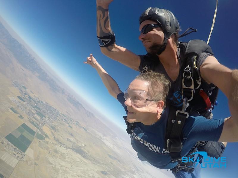 Lisa Ferguson at Skydive Utah - 44.jpg
