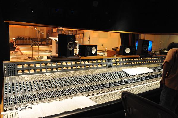 2014-09-26, Safety Harbor Kids in the studio