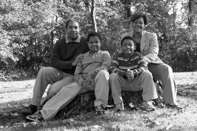 The Taylor Family - B/W