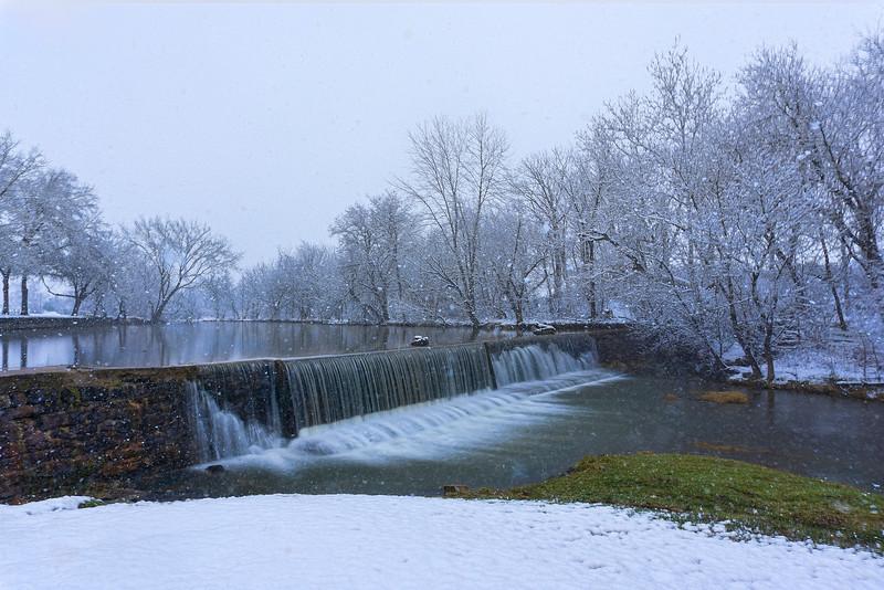 snow 2016 - Mascott Dam Long Exposure(p).jpg