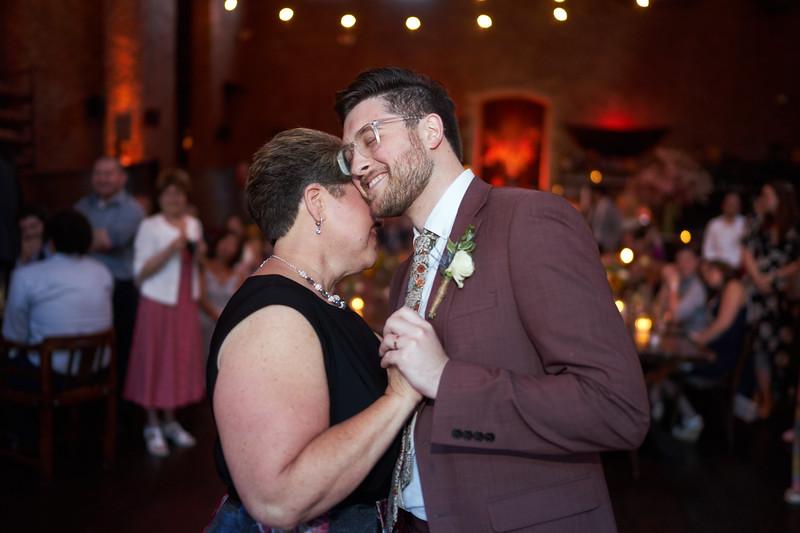 James_Celine Wedding 1144.jpg