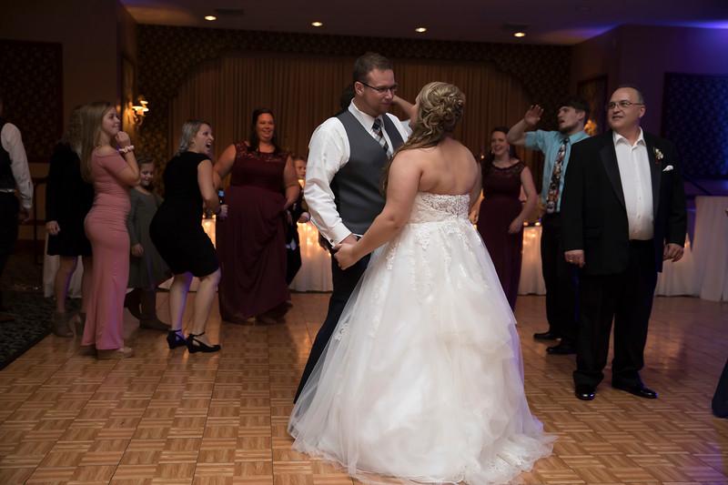 Amanda & Tyler Wedding 1018.jpg