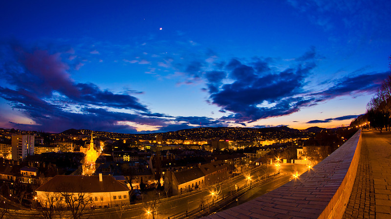 budapest, éjjel, vár var es hold 4.jpg