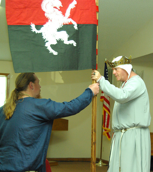 Banner of Valor to Jon the Tall