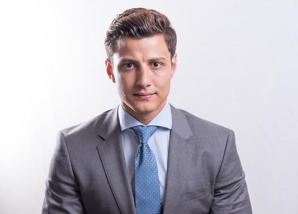 Head shot profile: Gustavo