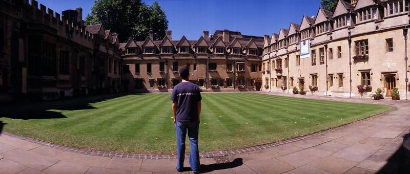 brasenose college courtyard