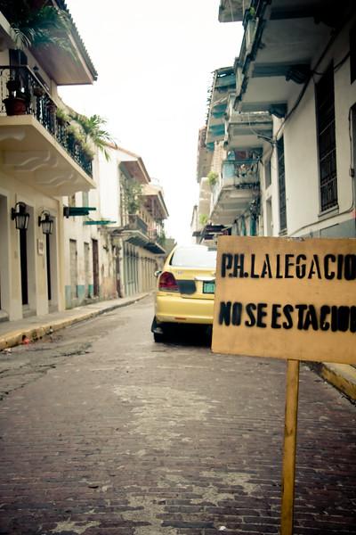 no-parking_4838888870_o.jpg