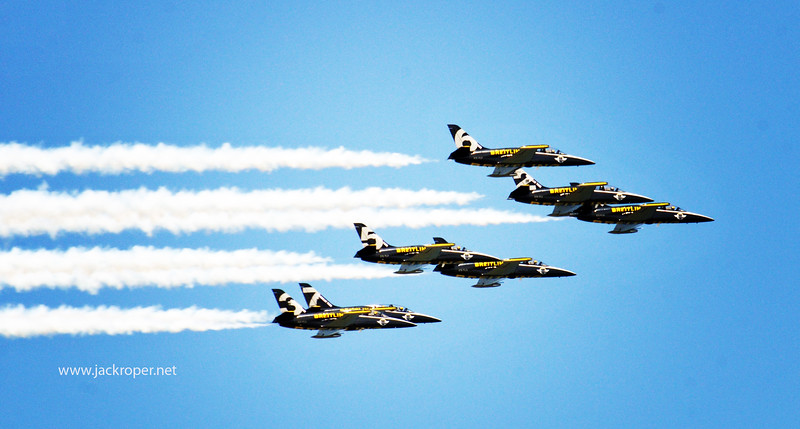 The  Thunder Birds .jpg