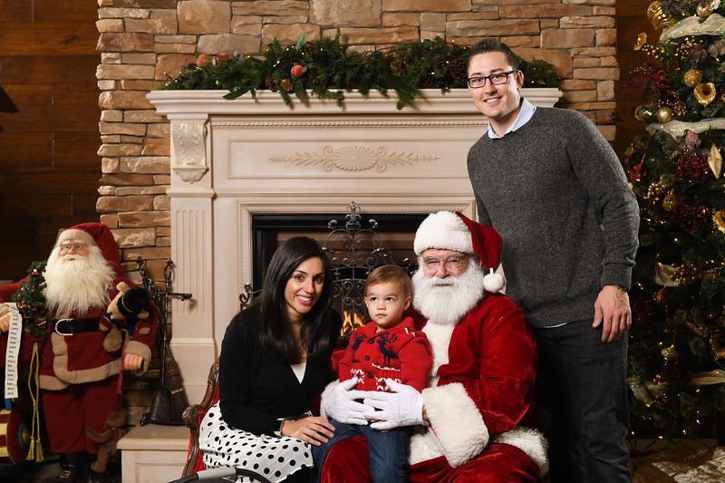 Santa2018.TylerBoye.-174.jpg