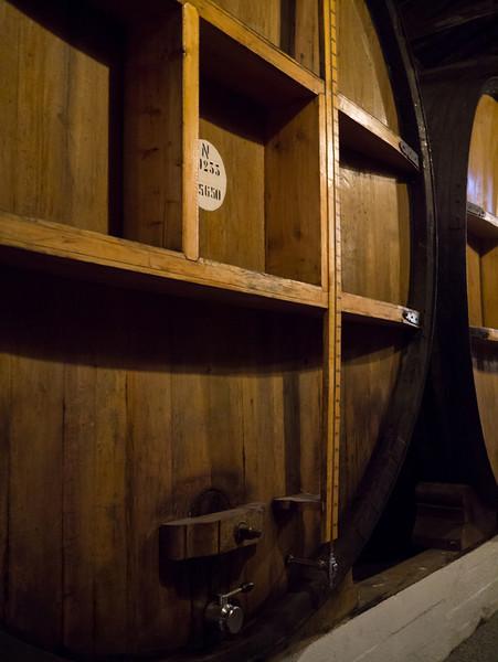 Large port barrels
