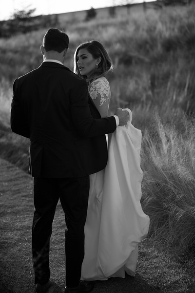 Kate&Josh_B&W_ZACH.WATHEN.PHOTOGRAPHER-422.jpg
