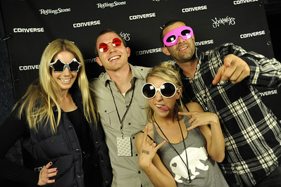 1089A Converse Garage D.C. Step & Repeat
