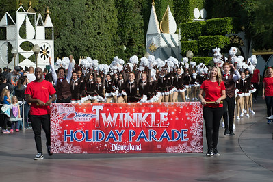 Twinkle Holiday Parade - Small World Section