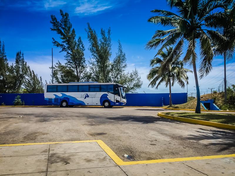 Trinidad Cuba Bus - Lina Stock