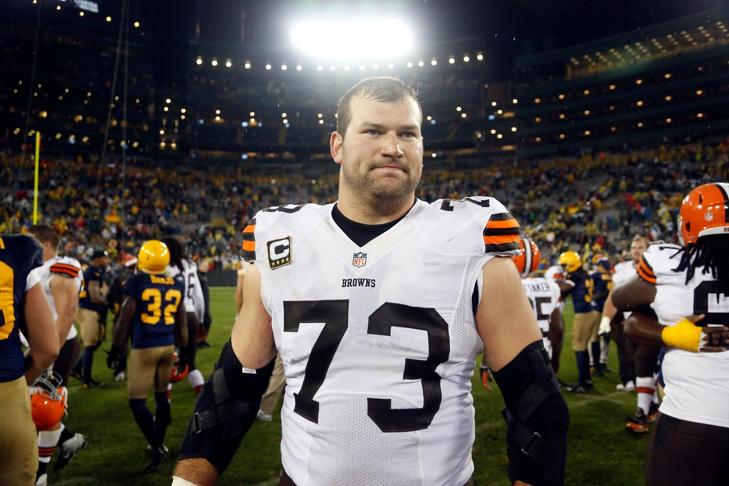 . Cleveland Browns\' Joe Thomas walks off the field after an NFL football game against the Green Bay Packers Sunday, Oct. 20, 2013, in Green Bay, Wis. The Packers won 31-13. (AP Photo/Tom Lynn)