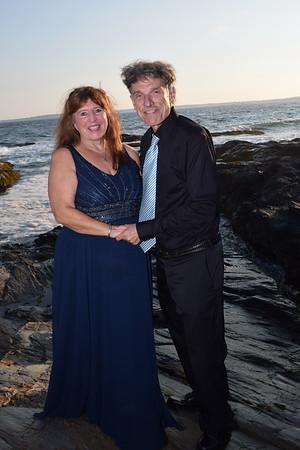 Kate & Matt at the Jamestown lighthouse